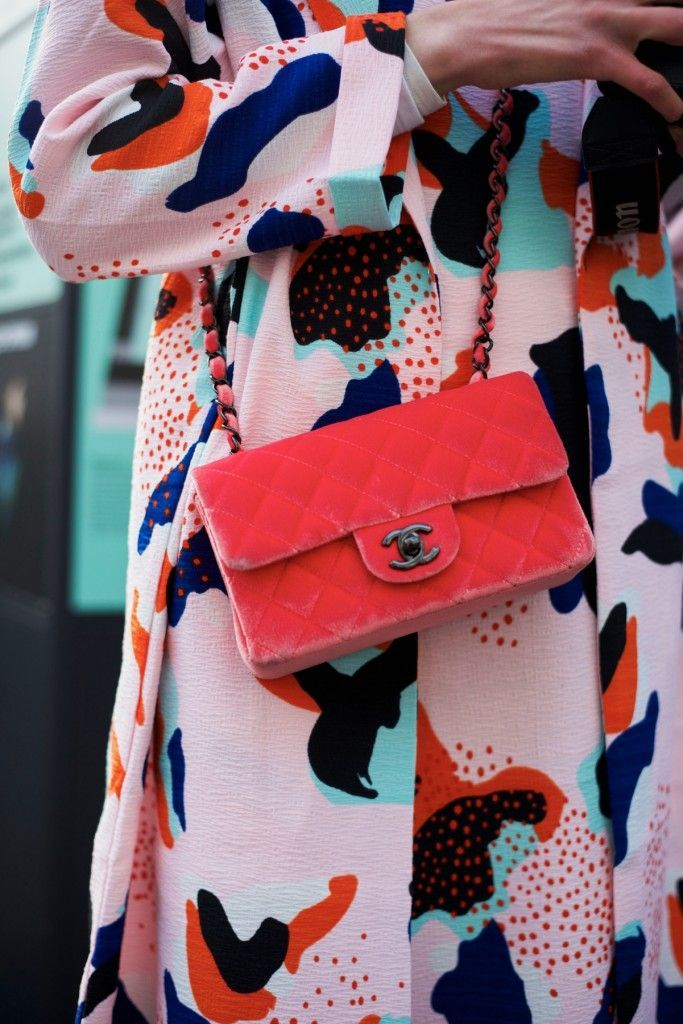 Love a pop of color. @thecoveteur