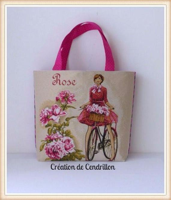 Collection été  GRAND SAC/CABAS  «Rose» en tissu jacquard et  Housse pour téléphone portable Couture fait main par