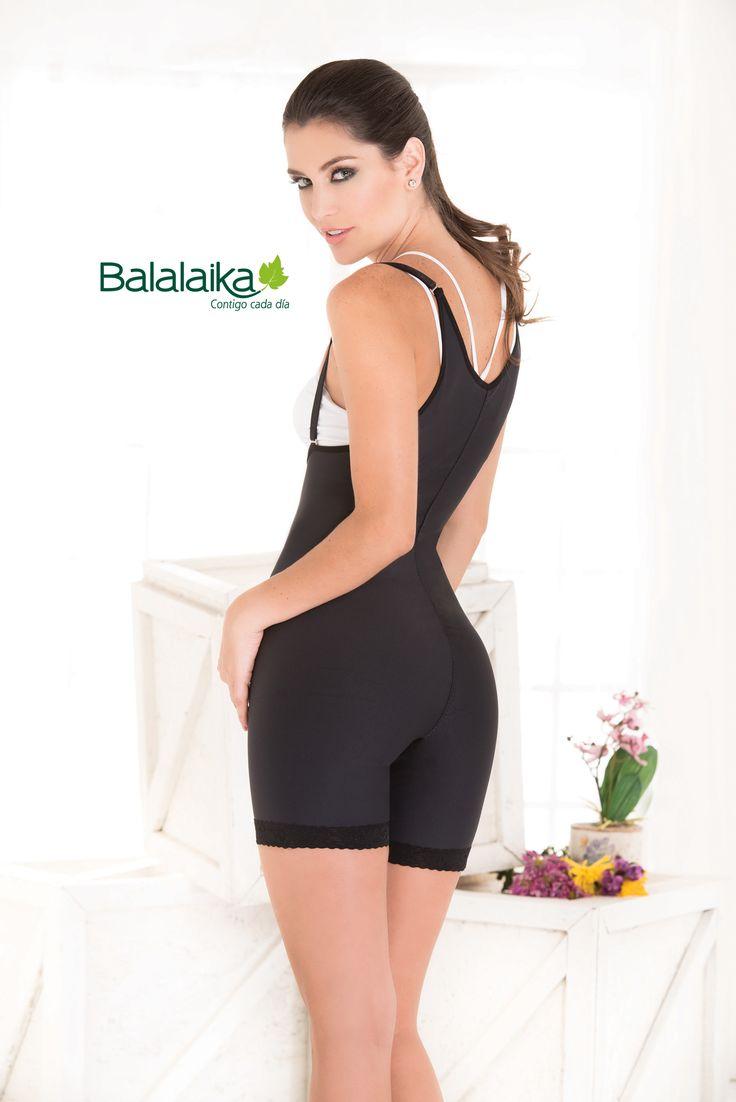 Llegaron a las tiendas Balalaika las nuevas prendas elaboradas con Emana. Tela que es una composición de fibras sintéticas y biocristales incrustados capaz de reaccionar con el calor del cuerpo, y desprender rayos infrarrojos que activan la microcirculación y reducen imperfecciones en la piel, como la celulitis... Encuéntarla en las tiendas #Balalaika #NuevaColección  #Emana #Celulitis