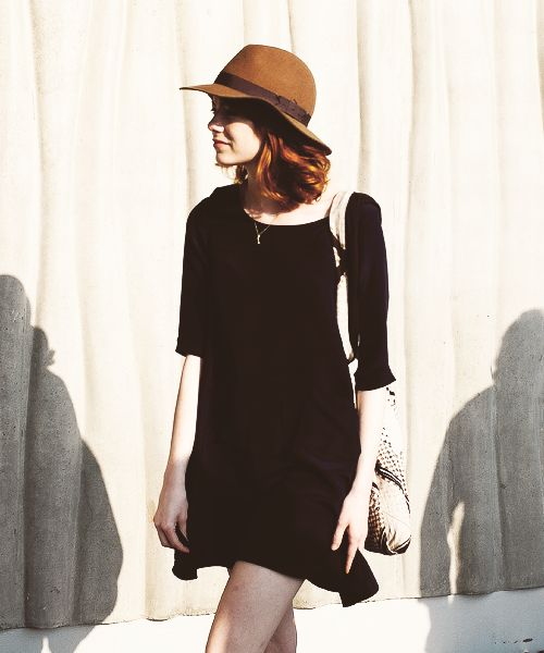 We just adore this Emma Stone off duty look. #hat