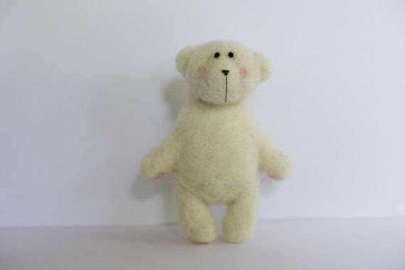 White polar little bear by totootse on Etsy