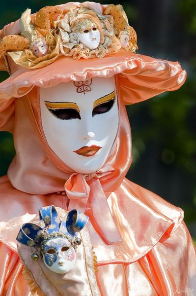 Venetian masks...                                                                                                                                                                                 Mais