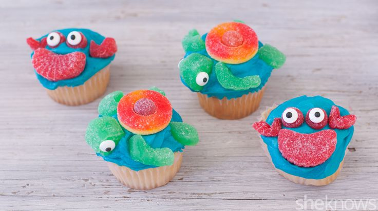 Kids will flip for easy-to-make crab and sea turtle cupcakes — all you need is candy