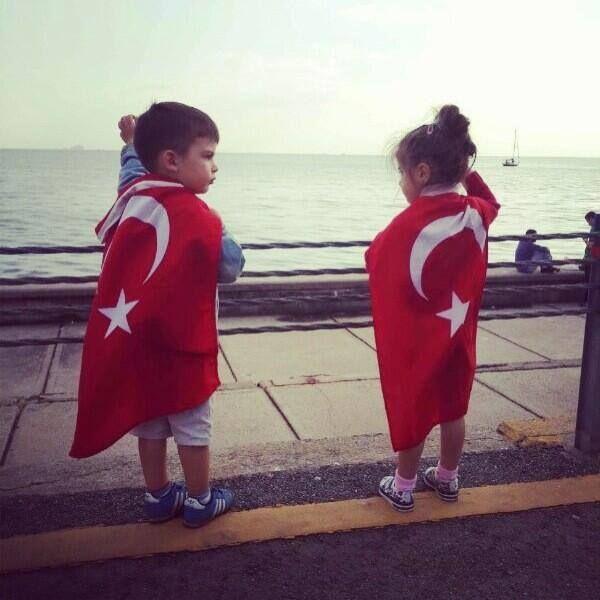 Mustafa Kemal'in küçük askerleri :)