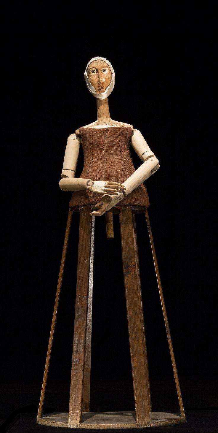 Ivanka. legno e stoffa .Donatella Pau 2013. #sculpture