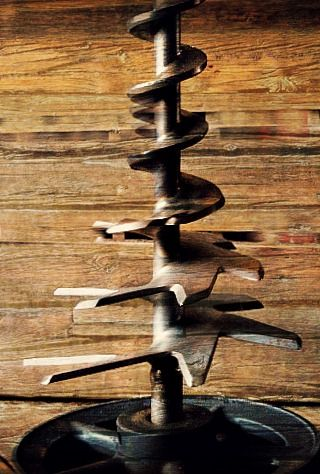 An Industrial Christmas Tree from Rustbelt Treasures