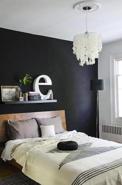 Buoyant brooklyn shyama golden house tour black bedroom for Black wall room ideas