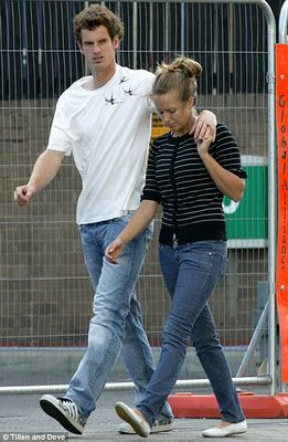 Andy Murray With His Girlfriend | Banks Picture