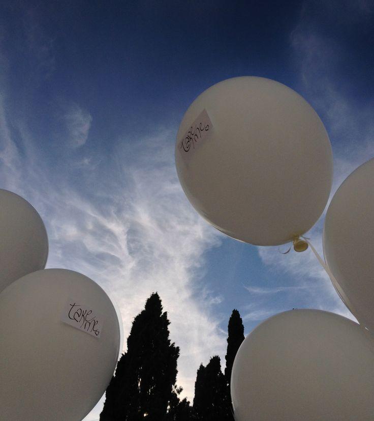 www.italianfelicity.com #wedding #white #balloons