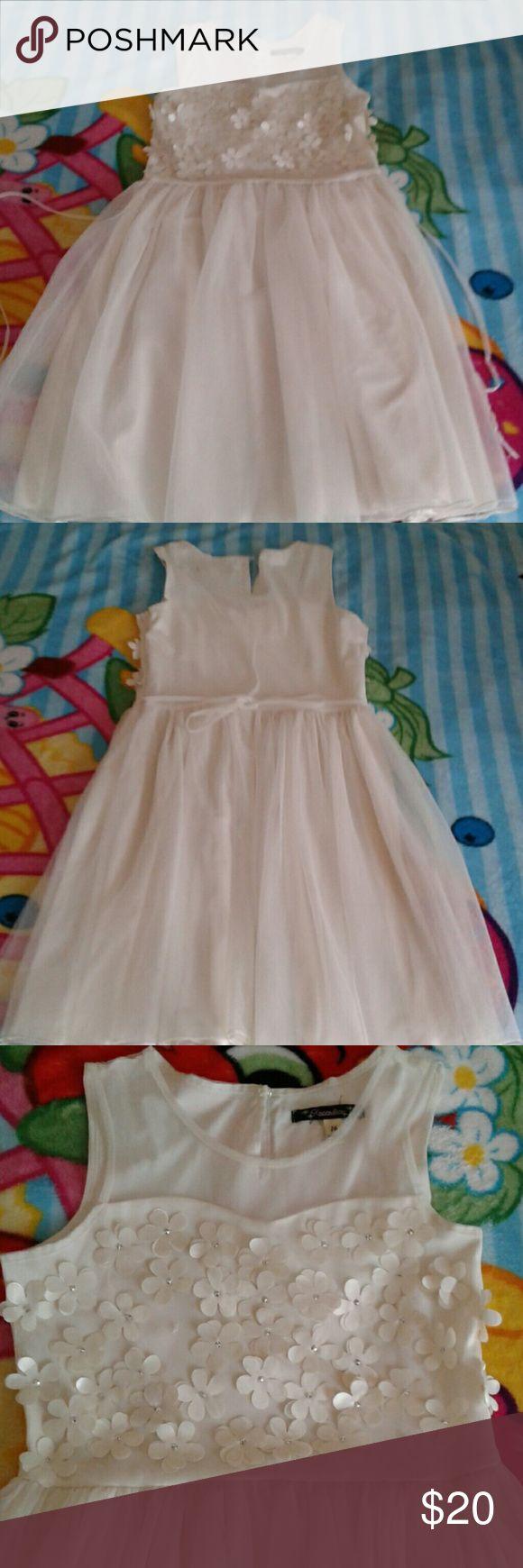Girls beige summer dress size 16 Beautiful girls summer dress size 16 like new Xtraordinary Dresses Casual