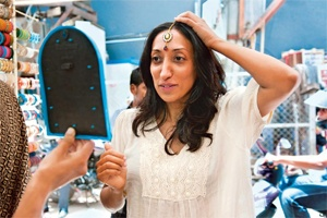Shazia Mirza: stand up, tell the (funny) truth    http://www.livemint.com/2012/08/02192620/Shazia-Mirza-stand-up-tell-t.html