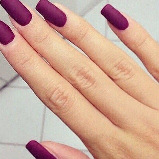 Matte magenta  nails