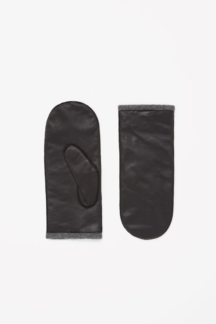 COS | Leather mittens