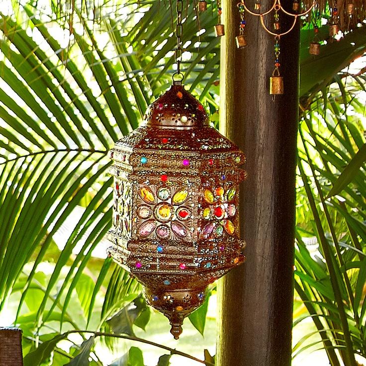 This Stunning Lantern Reflects Beautifully On Its Surroundings