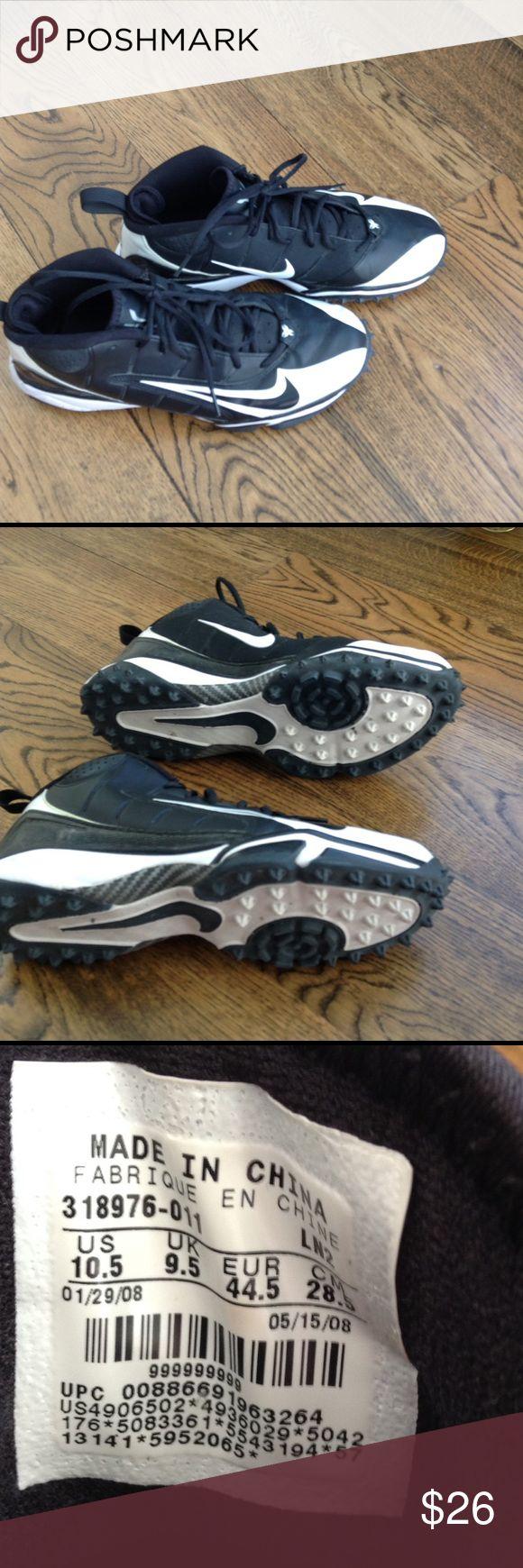 Men's Nike turf shoe size 10.5 like new Men's Nike speed turf shoe in like new condition Nike Shoes Athletic Shoes