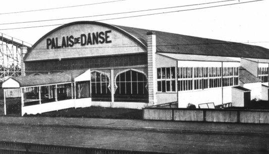 Palais de Danse (1913) current Palais Theatre site.