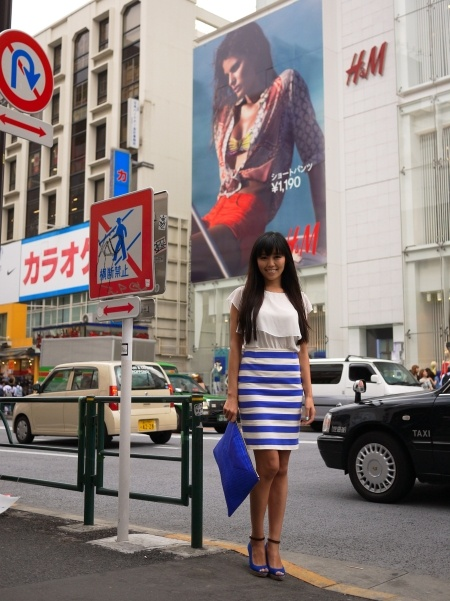 Love the stripes and cobalt blue!     STYLE from TOKYO | street fashion based in japan: on the street...Harajuku