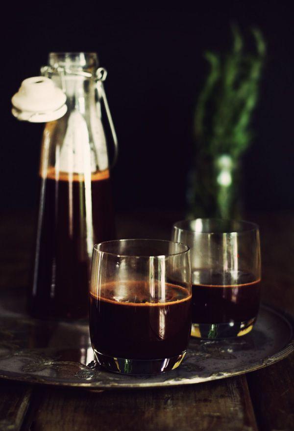 Horká čokoláda se svařeným vínem
