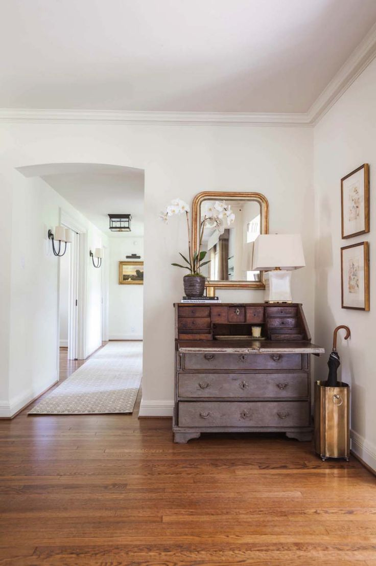 Midcentury Colonial Home-Marie Flanigan Interiors-16-1 Kindesign