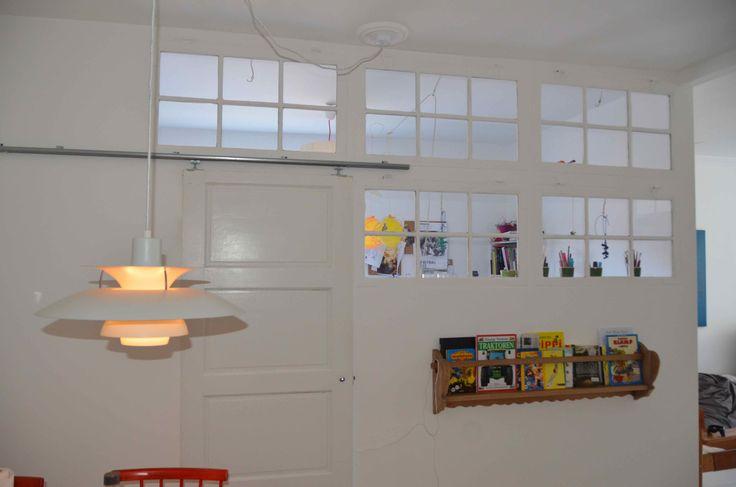 Lysindfald, gamle vinduer, skydedør / Bygget af Erik Modin
