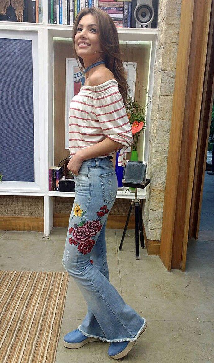 4a8f492c6b Patrícia Poeta mistura tendências de moda em look no  É de Casa ...
