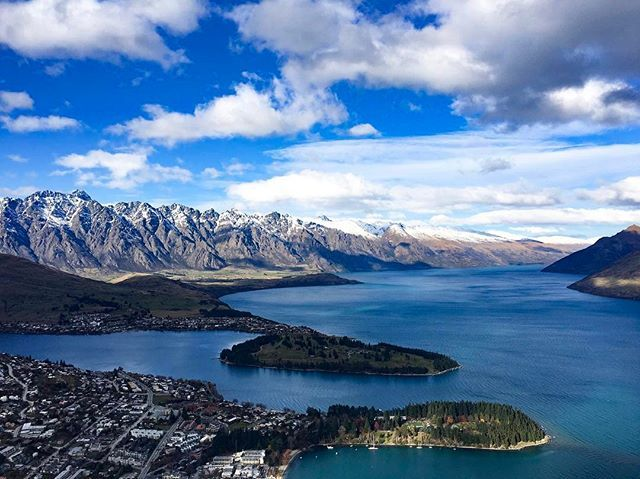 One of my favourite holiday's by far 😍 beautiful Queenstown, New Zealand 🇳🇿 #newzealand #queenstown #nz #visitnz #travel #travelblog #travelblogger #worldtravel #igdaily #lonelyplanet #traveling #traveler #travelnz