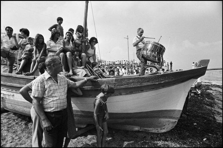 Ferdinando Scianna 1981. Italy, Sicily, Aspra, Madonna dell' Assunta's feast. Drummer on a boat.