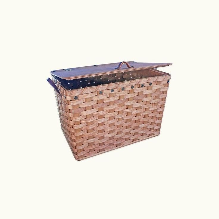 Large Storage Basket with Lid: Amish Made Wooden Wicker – Amish Baskets