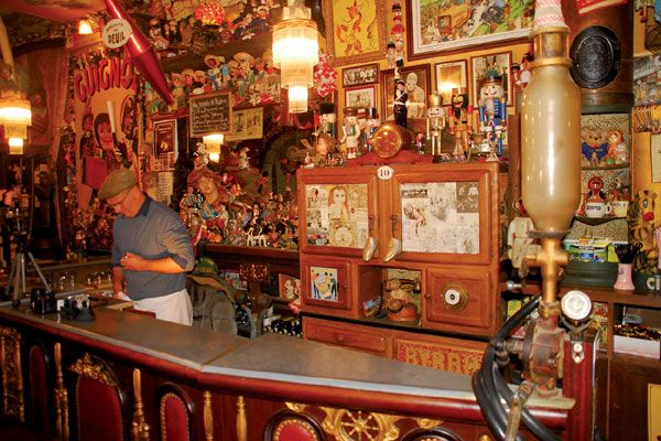 Cafe 'Java' in Saint Malo, France. Great place (unless you don't like dolls/clowns)