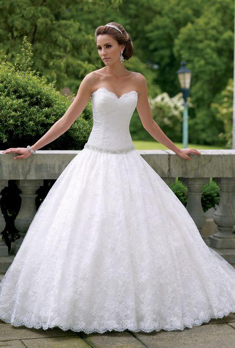 Popular  best Wedding Dresses Vail Trains images on Pinterest Wedding dressses Marriage and Bridal dresses