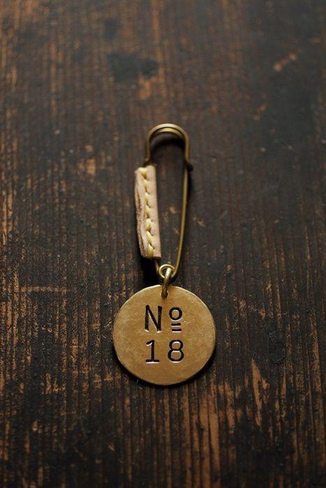 18th Anniversary Novelty - Brass Brooch | IRRE