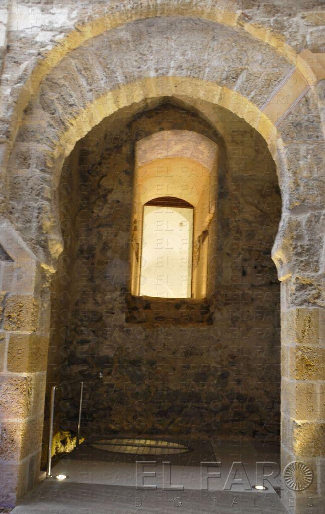 La porta califal de Ceuta (El Faro Digital_12/05/2014)