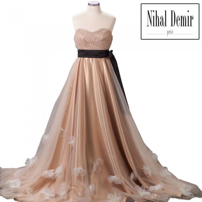 Nihal Demir Privé - Elbise Siyah Saten Kuşak Kemer Hayal Tül Çiçekli Etek Ucu