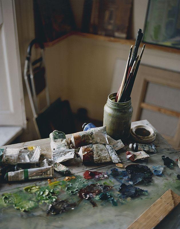 Brushes + paint.