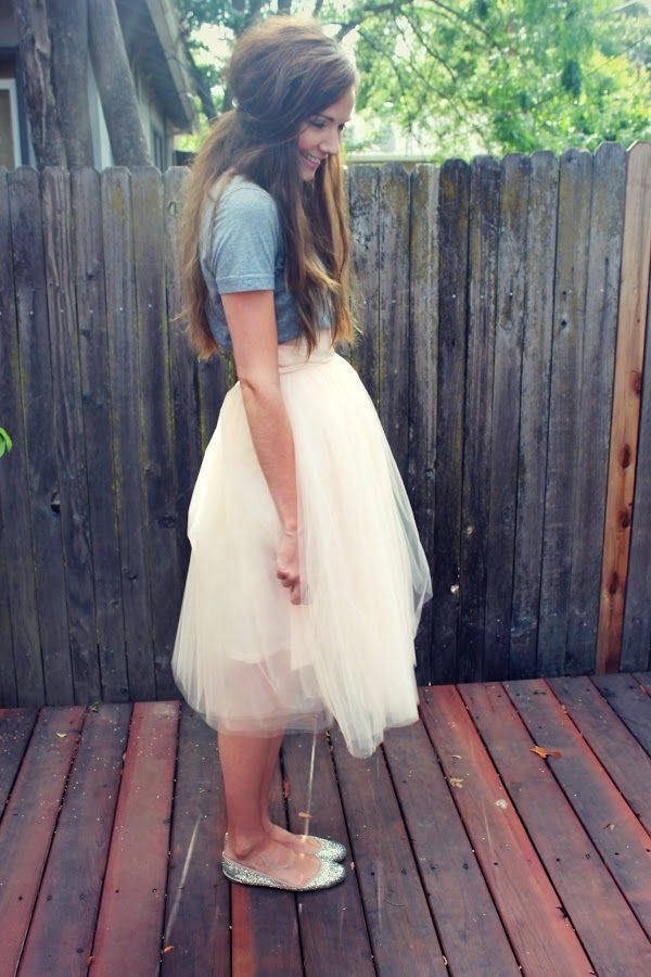 Shabby Apple tulle skirt and simple gray tee...LOVE IT! Time to get a white tulle skirt...I'm obsessed with these things