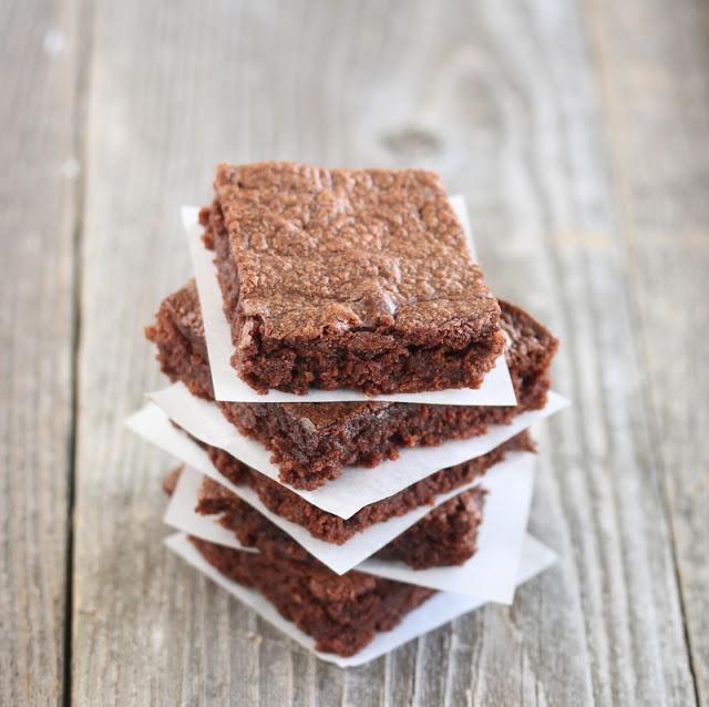 Easiest 3 Ingredient Nutella Brownies | Kirbie's Cravings | A San Diego food blog