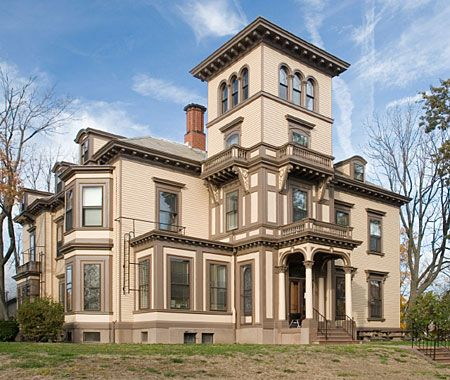 Italianate. 1840-1885. Modeled after a fashion started in England, the Italianate style rejected the rigid rules of classical architecture and instead looked to the more informal look of Italian rural houses. Ironically, the style became very popular as an urban townhouse.