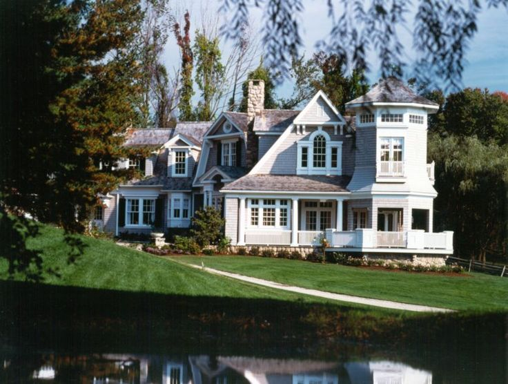 Robert a m stern architects dream house for this old for Dream homes magazine