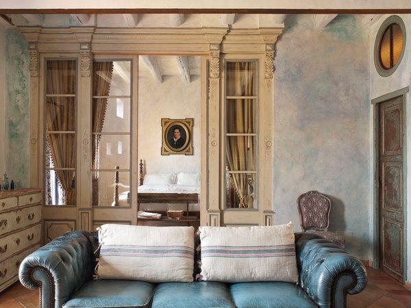 Correderas alfonsinas con cortinas de seda