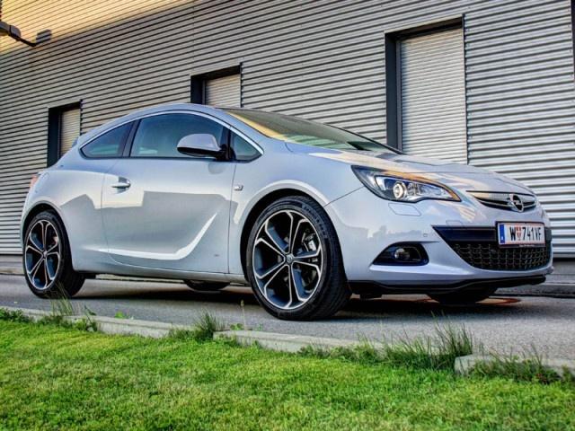 Beautyful car by Opel: new Astra GTC