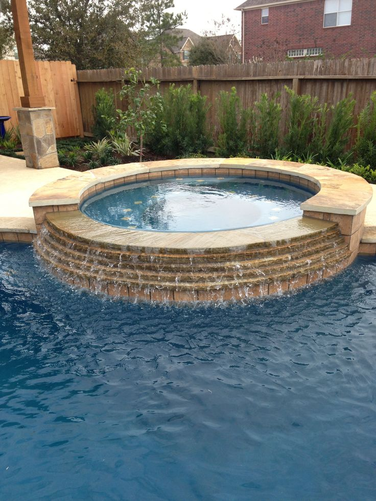 Spa In Swimming Pool: Inground Swimming Pool/Stacked Stone Spa Spillway