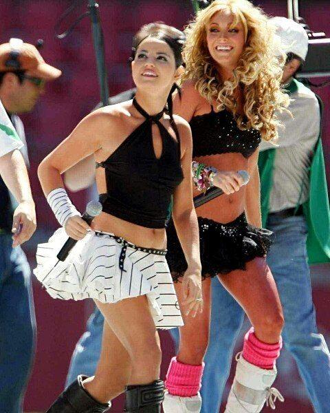 #mulpix HQ 📷 @maitepb @anahi - RBD en el Estadio Azteca Show Benéfico [2OO5] [1OOLikes]  #christophervonuckermann #alfonsoherrera #ponchoherrera #anahí #maiteperroni #dulcemaria #RBD #christianchavez #rbdlafamilia #rbdforever #pop #popmusic #singer #actor #artist #followme #tagsforlikes #like4like #trocolikes #studio #vsco #likeforlike #ganarseguidores #photooftheday💌 #Parceiras 🔜 SIGAM 💫@eucrissss 💫@rbdempezardesdecero 💫@ingenuasz 💫@unatraumadaaaa…