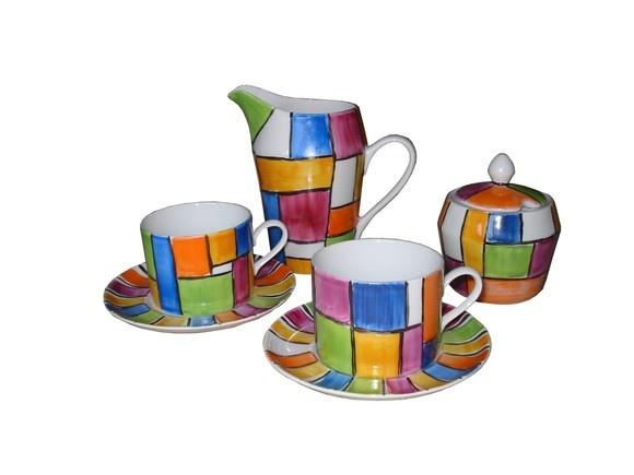 Conjunto de Chá  Patchwork, com 6 xícaras e pires, 1 açucareiro e 1 bule R$195,00