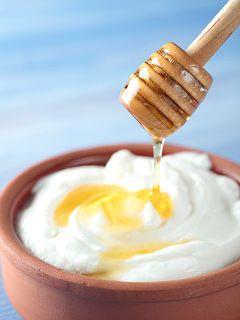 Belleza natural: Mascarilla de yogur con miel para un rostro humectado