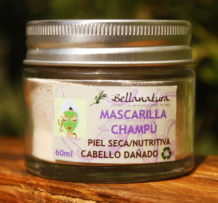 Natural Rasshoul Hair cleaner with banana extract. Mascarilla champú de Rasshoul con extracto de banana.