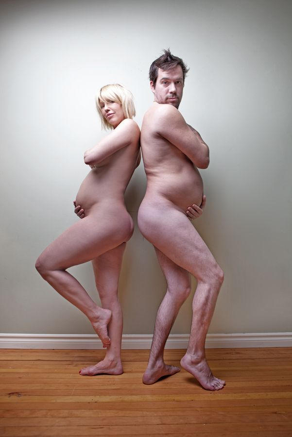 hilarious! best pregnancy photo ever.