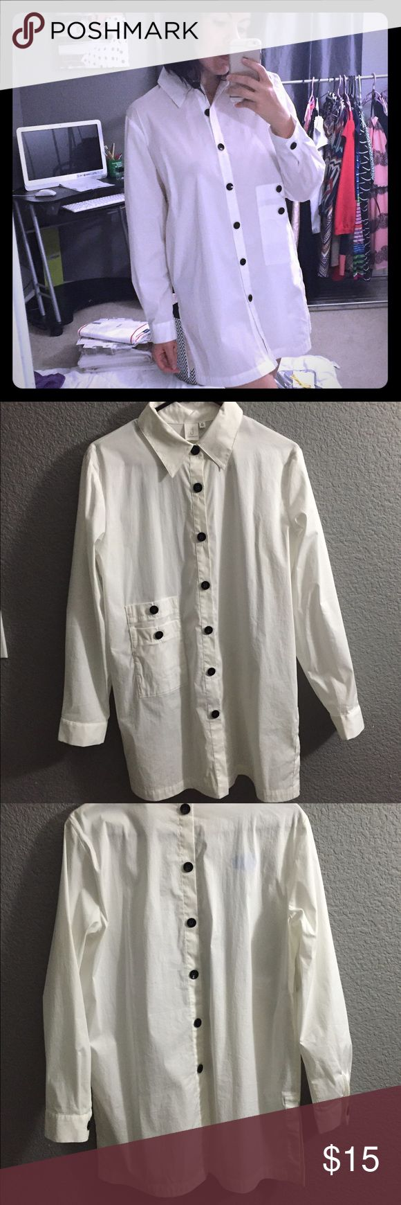 💋J jones New York men's shirt dress size M💋 I've used it 2x ones as a daring dress with over the knee boots and as a Halloween costume for a sexy Doctor with netted pantyhose. It looks like a Doctor's coat. With 2 layered front pockets and black buttons from top to bottom on the front and back it also has a slit on each side. J jones New York Dresses Mini