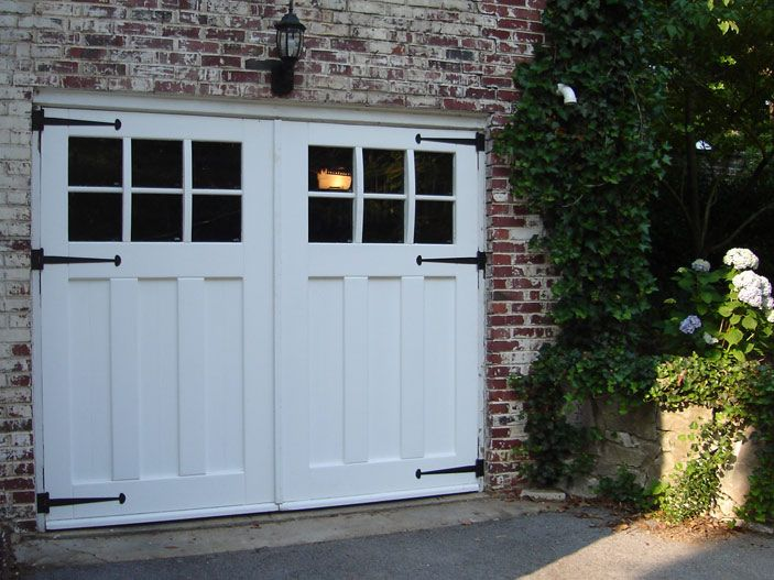 Victorian/Craftsman Carriage Doors Craftsman Traditional (Lites from Real Carriage Door Company & Best 25+ Carriage doors ideas on Pinterest | Carriage house garage ... Pezcame.Com