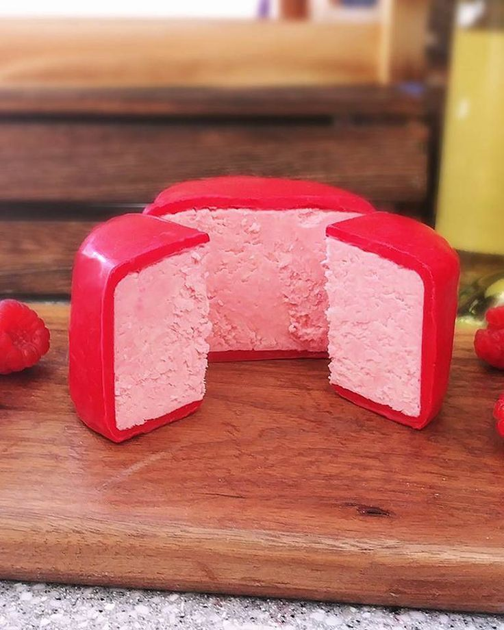 We've officially reached peak millennial pink saturation. Not only can you now buy prosecco-flavoured cheese – which is already pretty fantastic – but said fromage also happens to be pink.