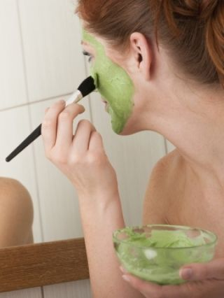 I think this links to a skin care article; pinning b/c it made me realize I coul